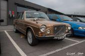 Volvo_164E_goldbraun.jpg