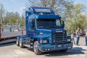 Scania_143_V8_Gadefelt009.jpg