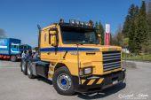 Scania_143E_V8_Streamline_KFT002.jpg