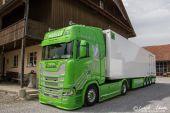 Scania_New_520S_V8_Mueller_Ermensee_Cristallo.jpg
